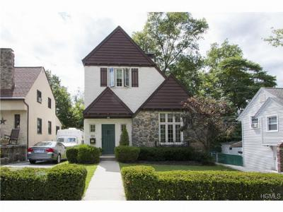 Single Family Home Sold: 712 Bradley Street