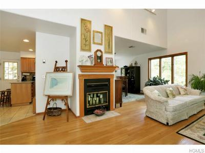 Single Family Home Sold: 15 Shadyside Avenue