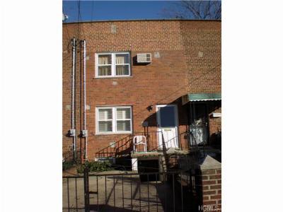 Single Family Home Sold: 3308 Barnes Avenue