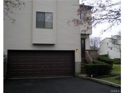 Condo/Townhouse Sold: 15 Kevin Court