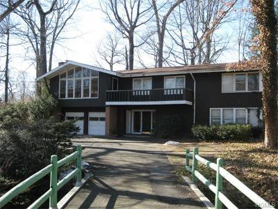 Single Family Home Sold: 424 Wilmot Road