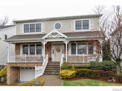 Eastchester NY Single Family Home Sold: $1,049,000
