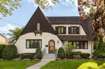 Scarsdale Single Family Home For Sale: 60 Tunstall Road