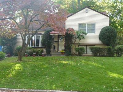 Single Family Home Sold: 21 Somerset Drive