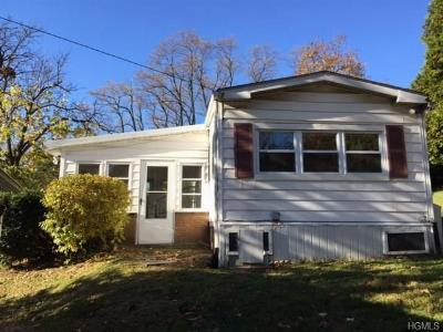Single Family Home Sold: 68 Quaker Avenue