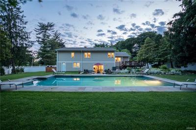 New Rochelle Single Family Home For Sale: 1 Pamela Lane
