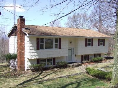 Single Family Home Sold: 61 Fox Hill Road