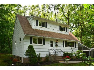 Single Family Home Sold: 5 Burgundy Lane