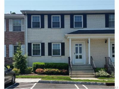 Rockland County Condo/Townhouse For Sale: 514 Jumano Court