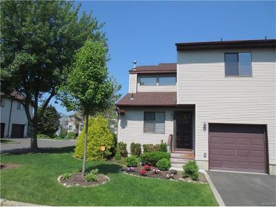 Condo/Townhouse Sold: 8 Ryan Court