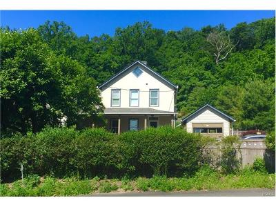 Single Family Home Sold: 320 North Highland Avenue