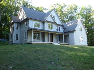 Brewster Single Family Home For Sale: 20 Sherwood Hill