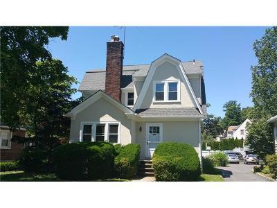 White Plains Single Family Home For Sale: 47 Lynton Place