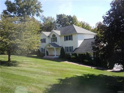 Putnam County Single Family Home For Sale: 8 Farmor Lane