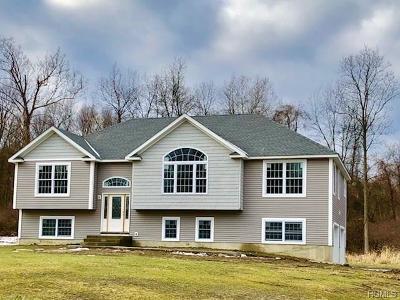 Marlboro Single Family Home For Sale: 32 Evy Lane