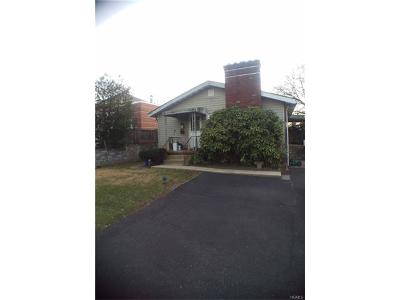 Rye Brook Single Family Home For Sale: 34 Garibaldi Place