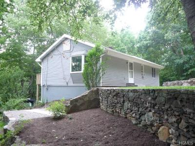 Single Family Home Sold: 24 Sugar Hill Road