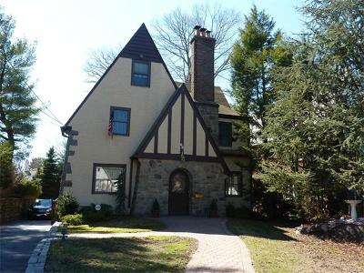 Single Family Home Sold: 68 Stonelea Place