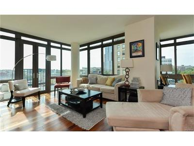 New Rochelle Condo/Townhouse For Sale: 175 Huguenot Street #806
