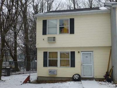 Single Family Home For Sale: 71 Bethune Boulevard