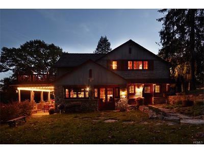 Putnam County Single Family Home For Sale: 809 Golf Ridge Rd Aka 12 Par Ct
