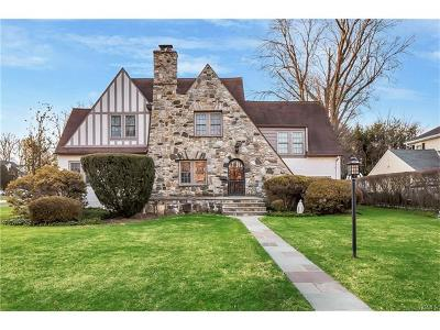 Eastchester Single Family Home For Sale: 94 Waverly Avenue