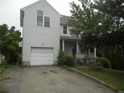 Westchester County Single Family Home For Sale: 17 Peggy Lane