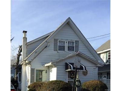 Yonkers Single Family Home For Sale: 112 Thomas Place