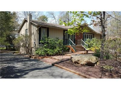 Rock Hill Single Family Home For Sale: 109 West Lake Shore Drive