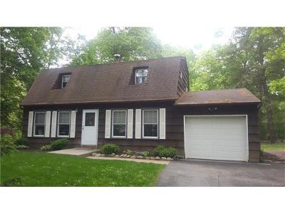 Rockland County Single Family Home For Sale: 19 Greenway West