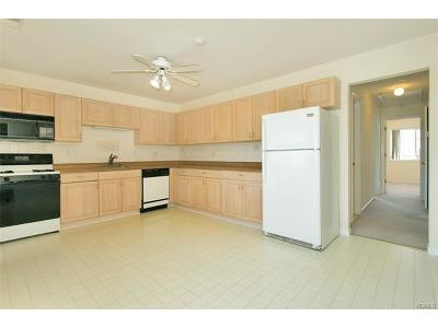 Condo/Townhouse Sold: 9 Hilltop Terrace