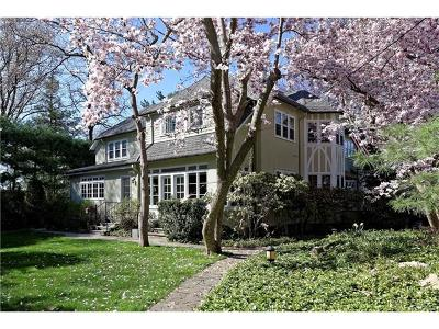 Bronxville Single Family Home For Sale: 6 West Plateau Circle