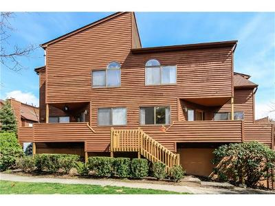 Condo/Townhouse Sold: 12 Aspen Court