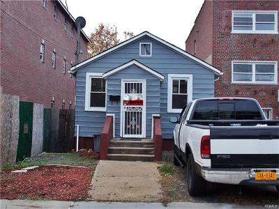Bronx Single Family Home For Sale: 243 Robinson Avenue