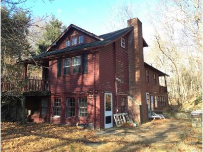 Chappaqua Single Family Home For Sale: 1015 Hardscrabble Road