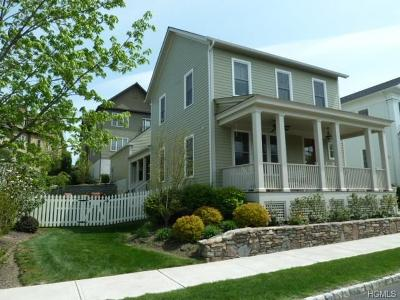 Warwick Single Family Home For Sale: 10 White Oak Street