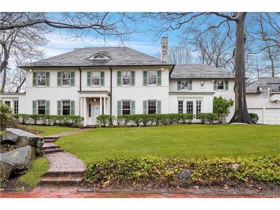 Bronxville Single Family Home For Sale: 11 Plateau Circle