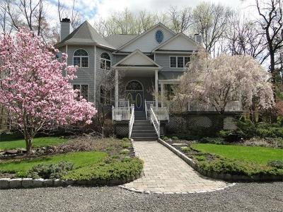 Rockland County Single Family Home For Sale: 166 Spook Rock Road