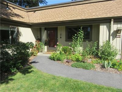 Somers Condo/Townhouse For Sale: 194 Heritage Hills #B