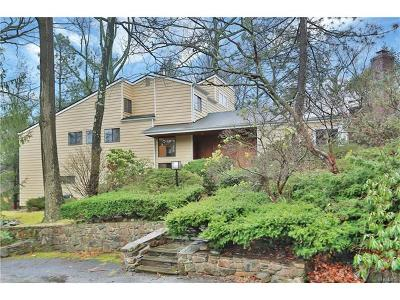 Hartsdale Single Family Home For Sale: 235 Old Colony Road