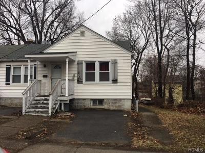 Newburgh Single Family Home For Sale: 1 Locust Street