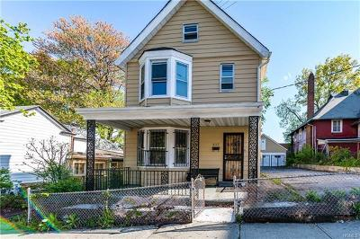 Bronx Single Family Home For Sale: 657 East 219th Street