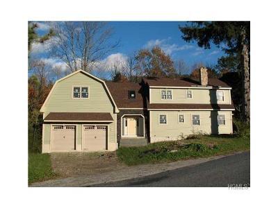 Warwick Single Family Home For Sale: 90 Warwick Turnpike