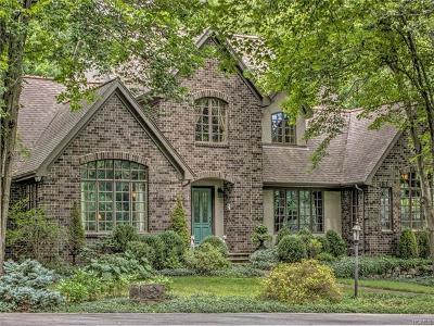 Warwick Single Family Home For Sale: 19 Sandfort Lane