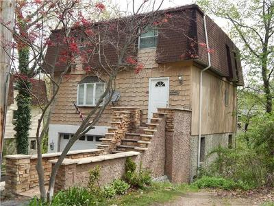 Yonkers Single Family Home For Sale: 34 Chatham Terrace