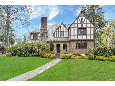 Westchester County Single Family Home For Sale: 72 Victory Boulevard