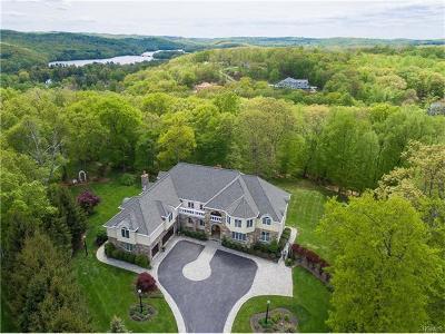 Katonah Single Family Home For Sale: 22 Autumn Ridge Court