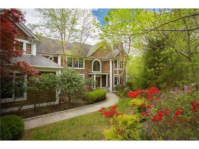 Croton-on-hudson Single Family Home For Sale: 1515 Journeys End Road