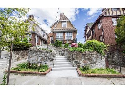 Bronx Single Family Home For Sale: 6122 Tyndall Avenue