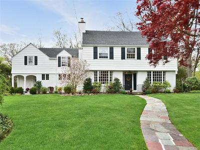 New Rochelle Single Family Home For Sale: 66 Melrose Drive